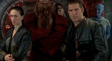 """Farscape 2.16-2.17: """"The Locket""""; """"The Ugly Truth"""""""
